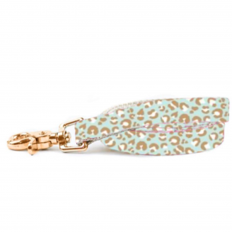 Mint Leopard Lead