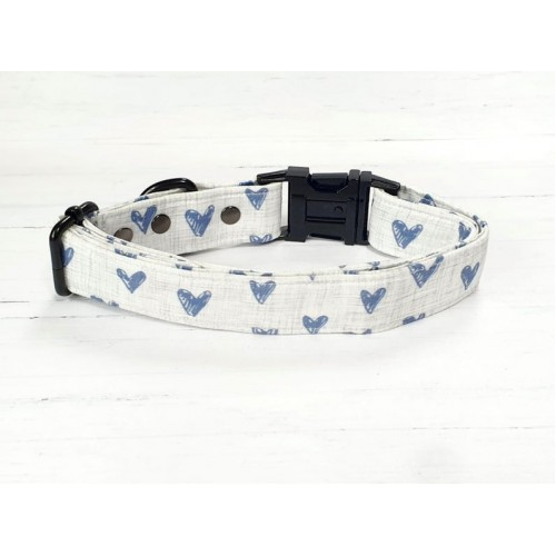PRETTY POOCHES | Navy Hearts Collar